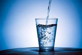 I segreti dell'acqua, la medicina spazzagermi...