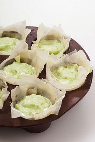 Cestini di pasta fillo con crema verde
