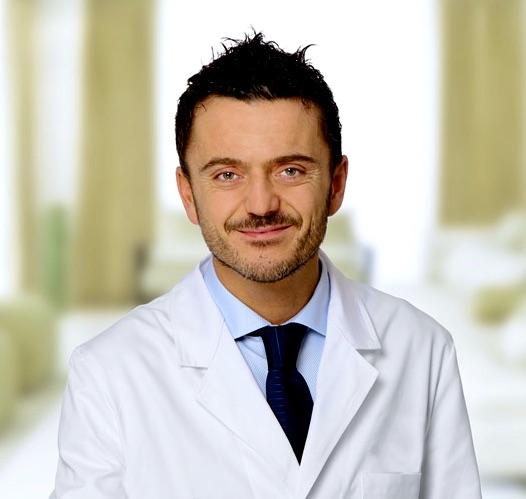 Star bene con se stesse e avere una sana autostima, vanno di pari passo. Intervista al chirurgo estetico Cristiano Biagi...