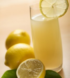 acqua-e-limone-300x336