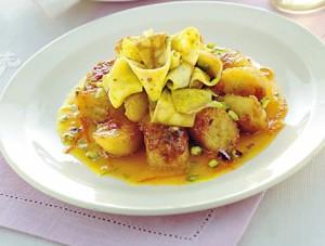 banane-al-rum-con-nastri-di-crepes-ricetta-crop-4-3-489-370