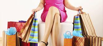 Soldi: l'ovulazione accende la voglia di comprare...